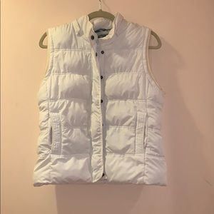 Aeropostale white vest with optional hood